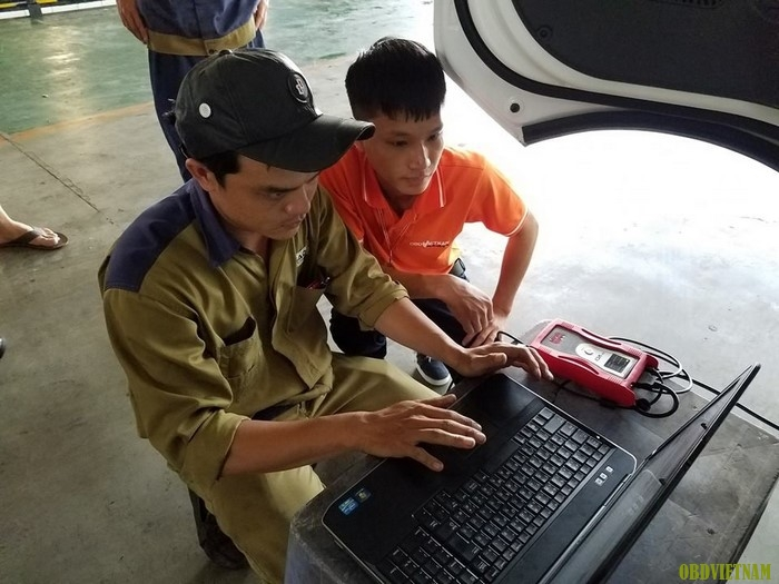Thiết bị chẩn đoán chuyên hãng GDS VCI Hyundai Kia