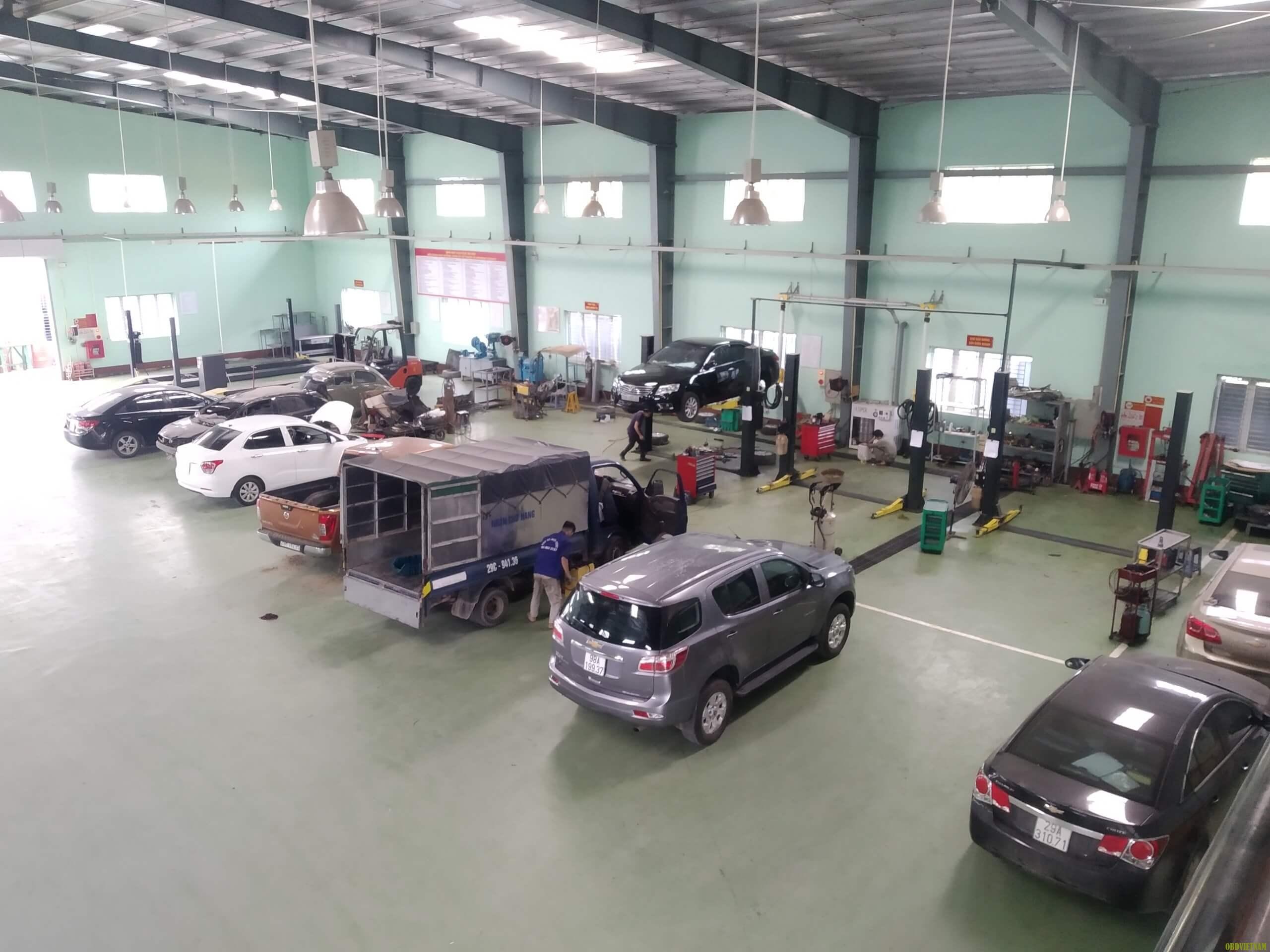 Xưởng dịch vụ công ty TNHH Dịch Vụ - Thương Mại Hùng Thuận
