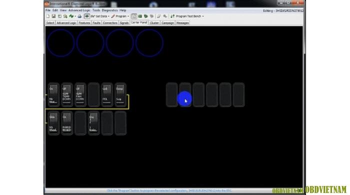 Center Panel - cho phép người dùng xem sắp xếp các nút điều khiển trên xe