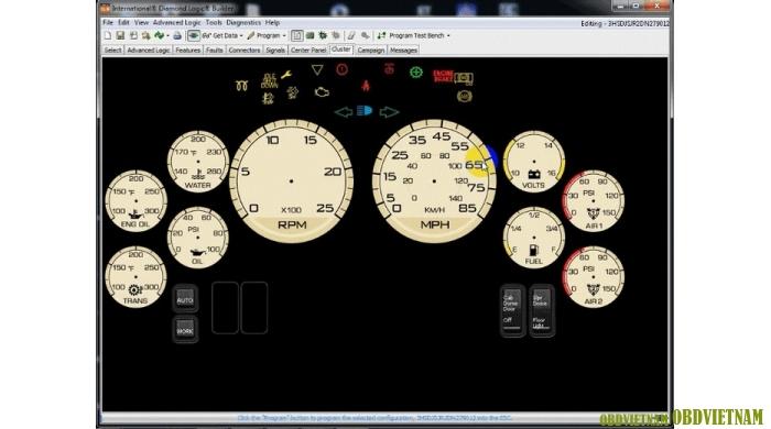 Cluster – cho phép người dùng thay đổi vị trí của một vài cụm đồng hồ và đèn báo trên bảng taplo
