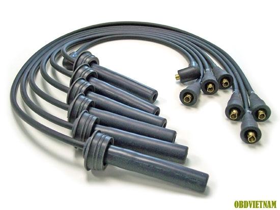 dây dẫn điện đến bugi